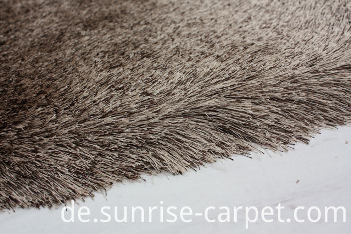 Thin Polyester Shaggy Rug Brown Color Mix