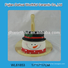 Керамический держатель ткани в форме снеговика с деревянной частью