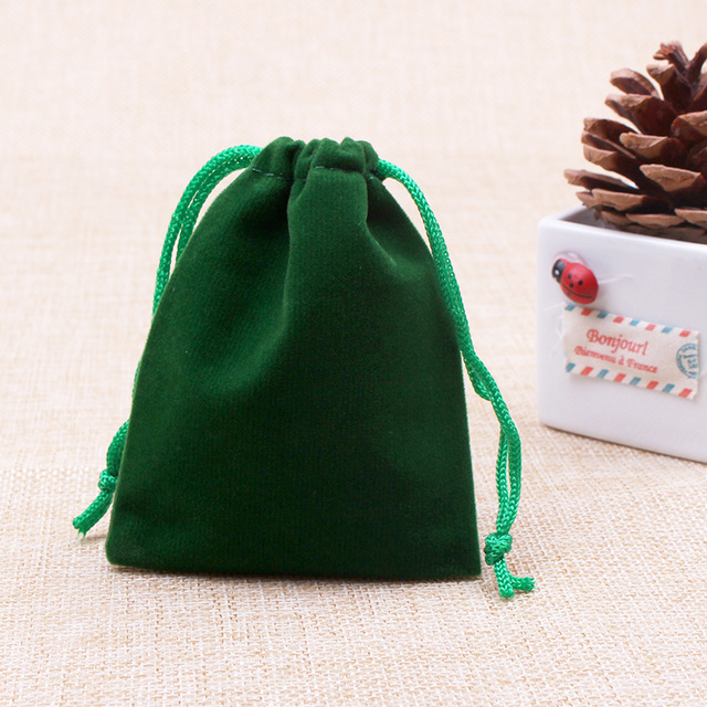 Customized Green velvet bag with green drawstring