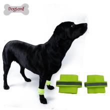 Frete grátis 2 pcs por conjunto Reflecting segurança cão pulseira Pet Wristband