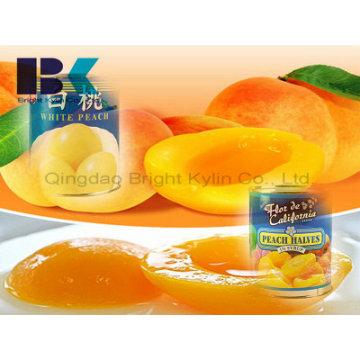 Посещение родственников и друзей консервированного желтого персика в сиропе