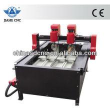 В JK-4025 древесины машина маршрутизатора CNC с две головы и два поворотное устройство для гравировки цилиндра