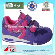 2015 Mädchen Sport PU Schuhe Gesicht Leder mit Herz