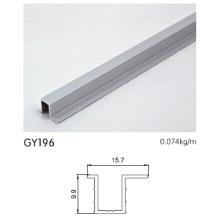 Borde de aluminio anodizado para guardarropas