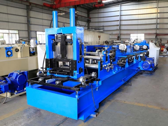 Stål CUZ Purlin Roll Forming Machine