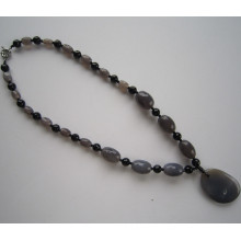 Fashion Agate Necklace with Charm Pendant