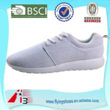 Zapatos del deporte de los hombres del precio de fábrica, zapatos corrientes baratos