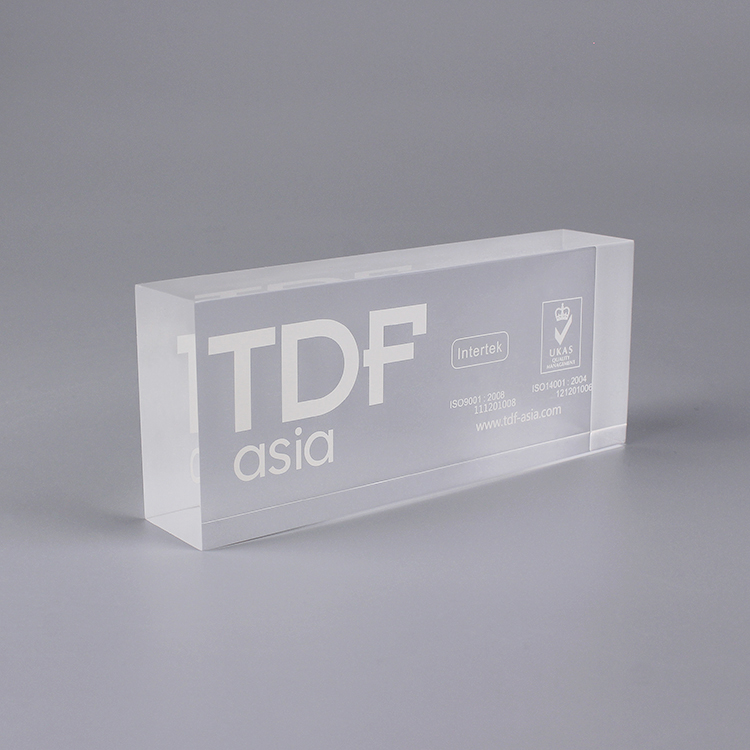 A 2p0093 Personalized 3d Clear Acrylic Blocks