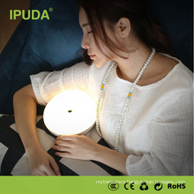 New arrival popular IPUDA fancy table lamp with bed reading lamp FCC