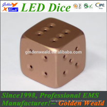 MCU control colorido LED oro-plateado dados