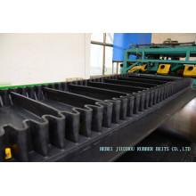 Type Xe-Sc + 1 bande de conveyeur en caoutchouc sans fin ondulée de mur latéral