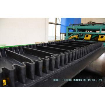 S240 Cleated Corrugated Sidewall Conveyor Belt