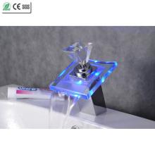 Diamant Griff LED Glas Wasserhahn Wasserfall Waschbecken Wasserhahn (QH0819F)