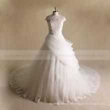 Vestido de boda de la bola del cordón y de los granos de la manga corta redonda del cuello del diseño especial nuevo