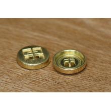 China Button Maker Custom Fashion Shirt Button With Engraved Logo