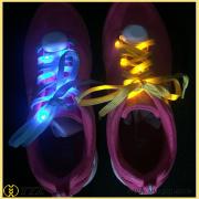 Glow nel buio lampeggiante led lacci delle scarpe