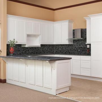 Armoire de cuisine haut de gamme avec motif bar