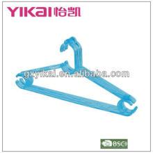 Fabricante de suspensión de plástico
