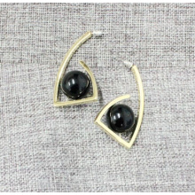 Simple and Elegant Black Stone Ball Geometric Earring