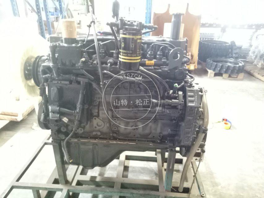PC200-8MO engine komatsu