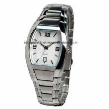 2017 nouvelle montre-bracelet de mode dames montre en acier inoxydable retour