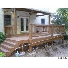 Decking dianteiro da plataforma WPC da casa / coluna de madeira da balaustrada