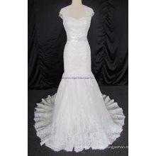 Elegant Sweetheart Strapless Beading Bridal Gown