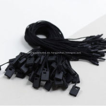 Etiquetas pequeñas en blanco negro para bolsos de vestir