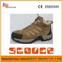Chaussures de sécurité souples et résistantes aux produits chimiques RS145
