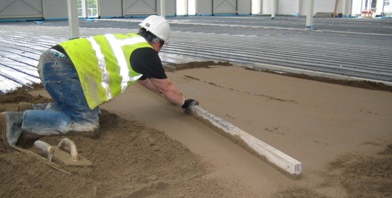 how to use Aluminium screeding edges