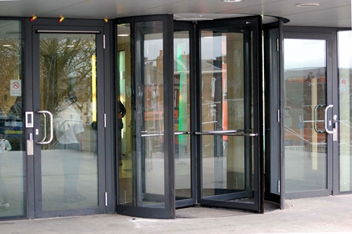 Four-wing Revolving Doors with Solid Structure