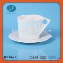 Xícara de café de porcelana branca sólida e pires, xícara de beber e pires, xícara de cerâmica e pires com logotipo