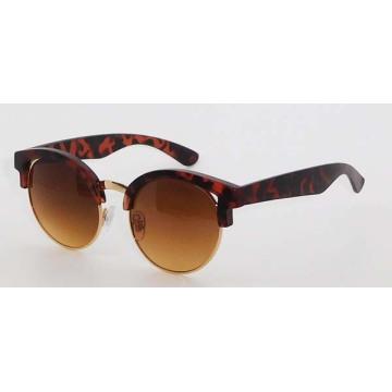 Óculos de sol de plástico da moda para mulheres