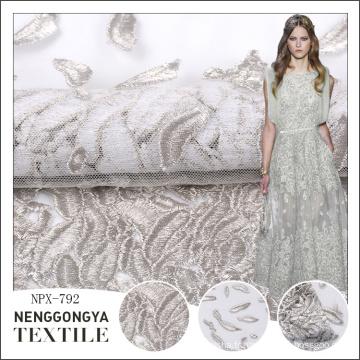Pas cher en gros plat partout dans le tissu de conception de broderie pour la robe de mariage
