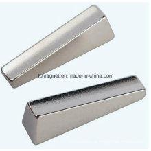 Kundenspezifische unregelmäßige NdFeB Neodym Magnete der konkurrenzfähigen Preise