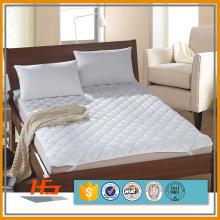 A tampa de colchão de dobramento impermeável a mais nova / protetor de colchão