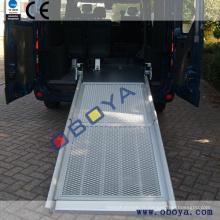 Accessoire auto, rampe de véhicule pour fauteuil roulant