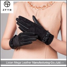ZF5125 Femmes en gros portant des gants en cuir, des gants en cuir de daim