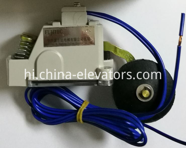 Fujitec Elevator Limit Switch HR6098JX 6148AABC1