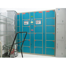 Armários de exposição usados / armário de exposição de travamento claro