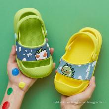 Zapatillas de sandalias antideslizantes de playa linda de verano para niños