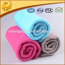 Fabrication propre Fibre de haute qualité teint en couleur solide Hot Selling Winter Baby Blanket Fabricants Chine