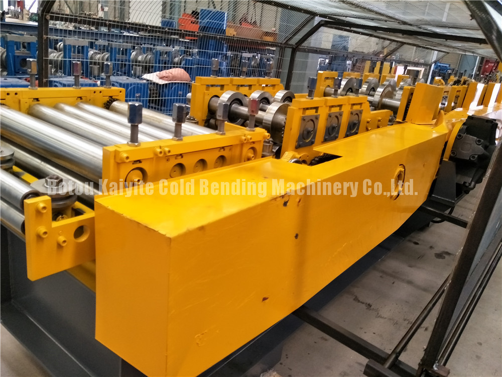 Z Shape Purlin Roll Forming Machiney
