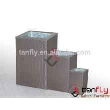 Vente chaude TF-9603 cube carré Pot de fleur en rotin avec pot de fleur intérieur acier Pot/jardin