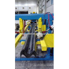 Road Expressway Road 3 ~ 5 mm Heavy Gauge Guardrail Roll formando máquina