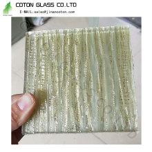 Скошенные стеклянные конструкции и узоры