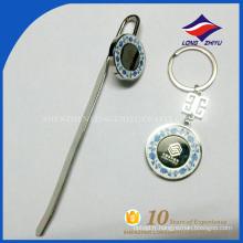Prix d'usine bon design cadeaux articles métal émail bookmark