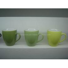 Keramische Tasse mit Glasur