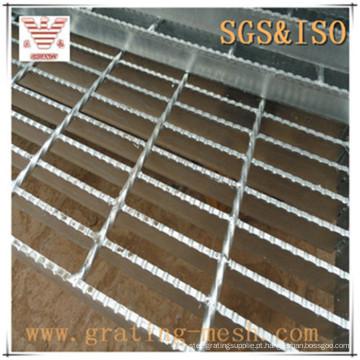 Grade de aço galvanizada serrilhada fechada para plataforma