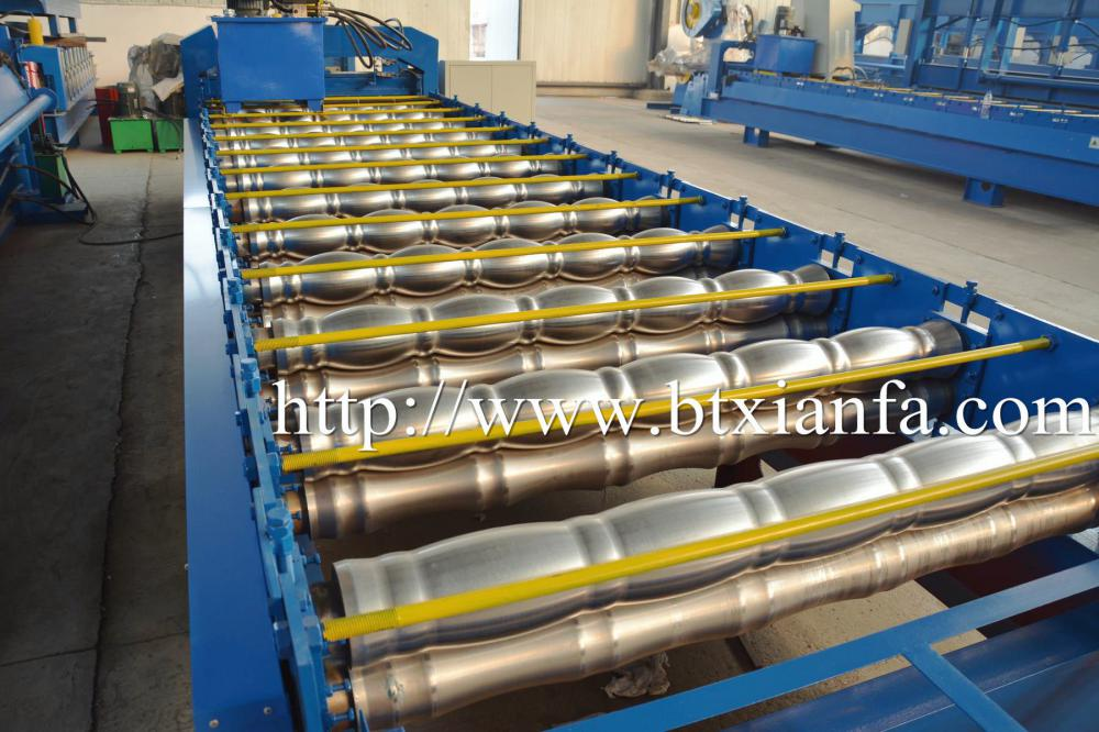 Glazed Color Steel Roofing Sheet Tile Roll Forming Machine